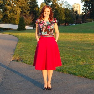 The Hollyburn skirt - a versatile pattern, because a girl can never have too many skirts. And it's got great pockets.