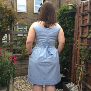 The back of this isn't my favourite thing ever. It looks tight (which it isn't) and it shows I can't tie a bow behind my back. More practice needed I think.
