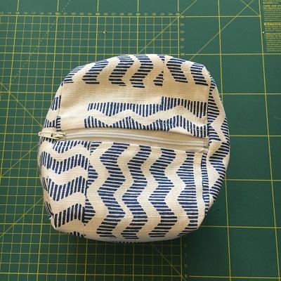 bottom-zip